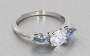 3 stone aquamarine engagement ring - Portfolio
