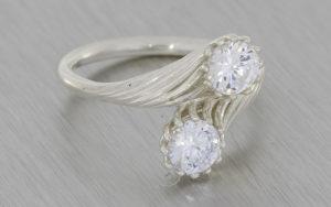 'Moi et Toi' Style Proposal Ring