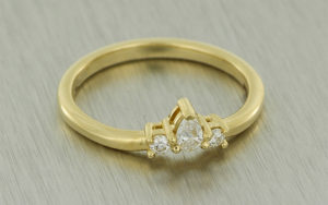 Romantic Oval Trefoil design with Diamond Tiara Wedding Band